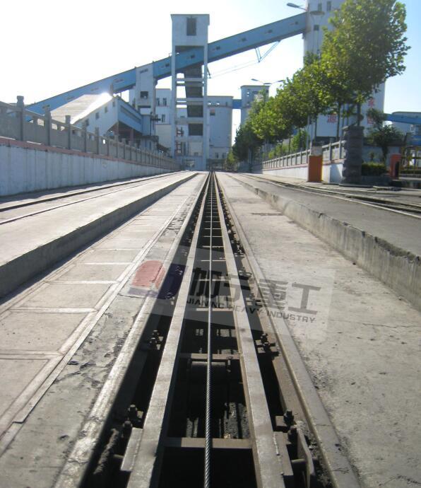 绳式直道调车机